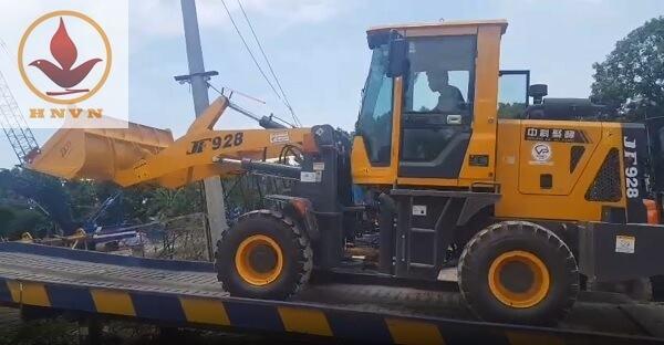 Bàn giao máy xúc lật JF928 cho khách hàng ở Thái Nguyên-2