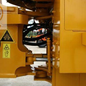 Máy xúc lật Kawasaki 70ZV-2 gầu 2.7m3-5
