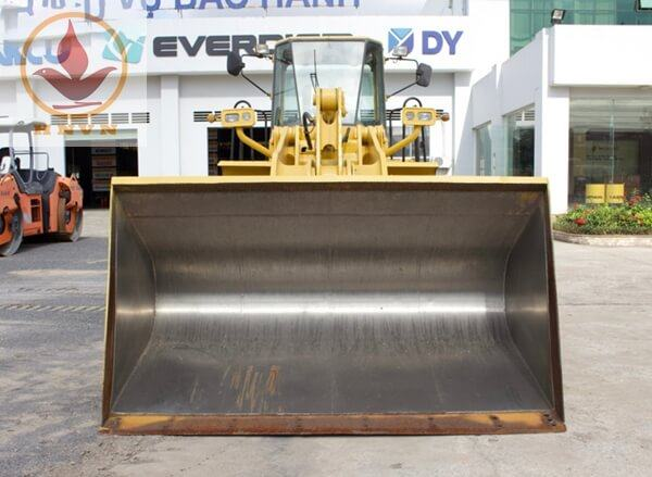 Máy xúc lật Kawasaki 80ZV gầu 3.4m3-2