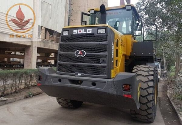 Máy xúc lật SDLG LG956F gầu 4m3-1