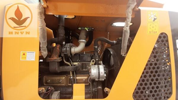 Máy xúc lật JF932G dung tích gầu 1m3-6