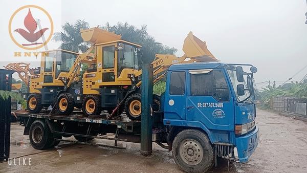 Bàn giao 2 máy xúc lật JF910 cho công ty TNHH vận tải Tiến Trường-1