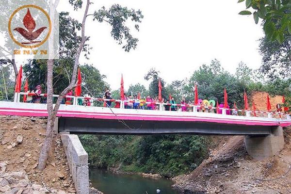 Thi công xây dựng cầu Chiềng Nhỏ