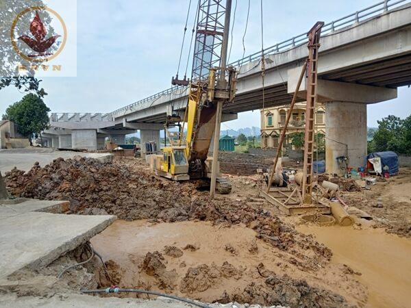 Thi công cọc khoan nhồi cầu vượt Mai Sơn Ninh Bình (Km265+090 - Km273+125)